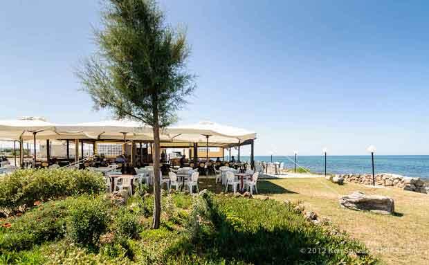 L'Oasi del Riccio, Puglia - restaurant (photo: Ken Sparkes)